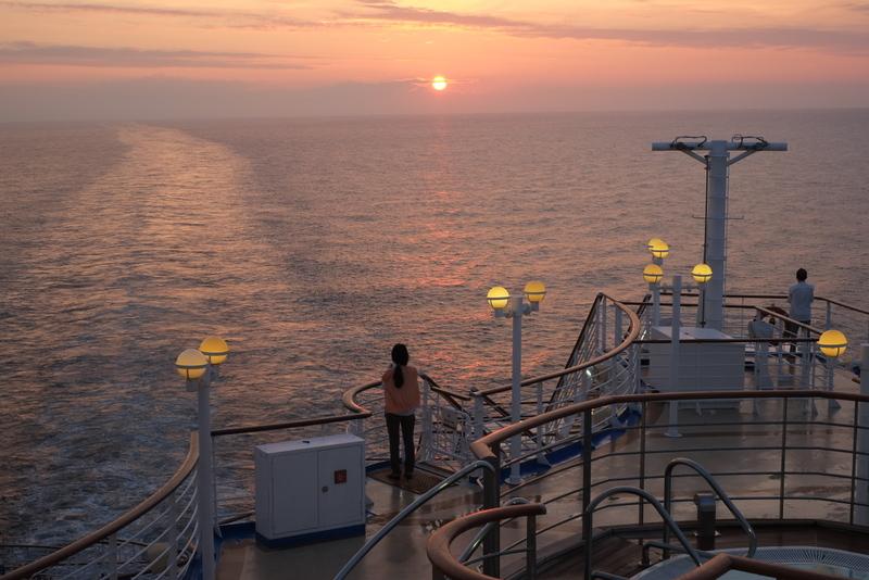 海の上の日の出を撮ってみました