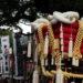 お祭り写真を望遠レンズで撮る